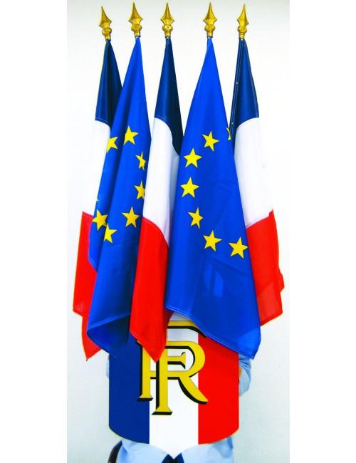 Ecussons porte-drapeaux en PVC