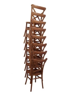 8 chaises de réception emotion empilée